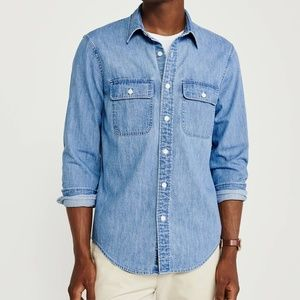 Abercrombie & Fitch Chambray Button Down Shirt